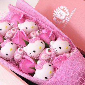 Hello Kitty Doll Roses