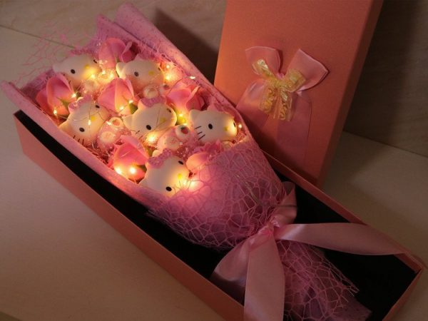 Hello Kitty Doll Roses Pink