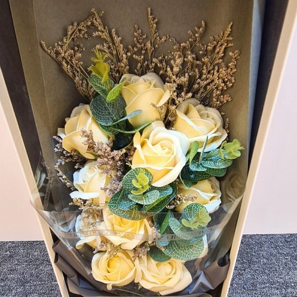 11 Champagne Gold Soap Flowers