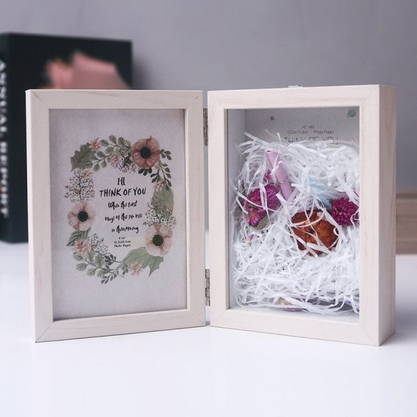 Double-sided Picture Frame Folding