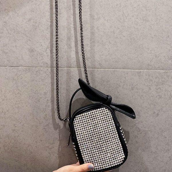 Diamond-studded Rhinestone Chain Bag